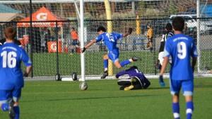 CFC14-VARush-GoalKeeperJump